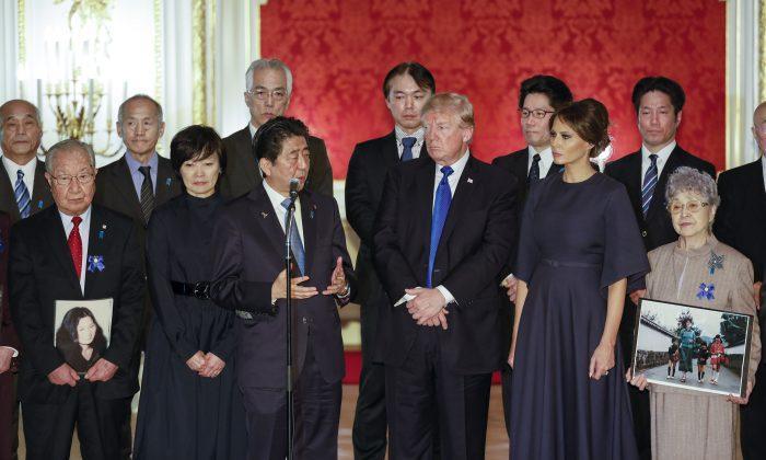 presiden Japan dan donald trump bertemu keluarga korban penculikan korea utara